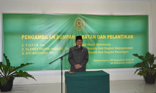 Drs. H. Damsyi, MH memberikan sambutan dan pembinaan
